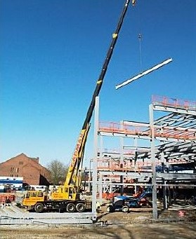 Crane arriving on site of new Engineering building