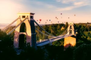 Bristol suspension bridge and hot air balloons